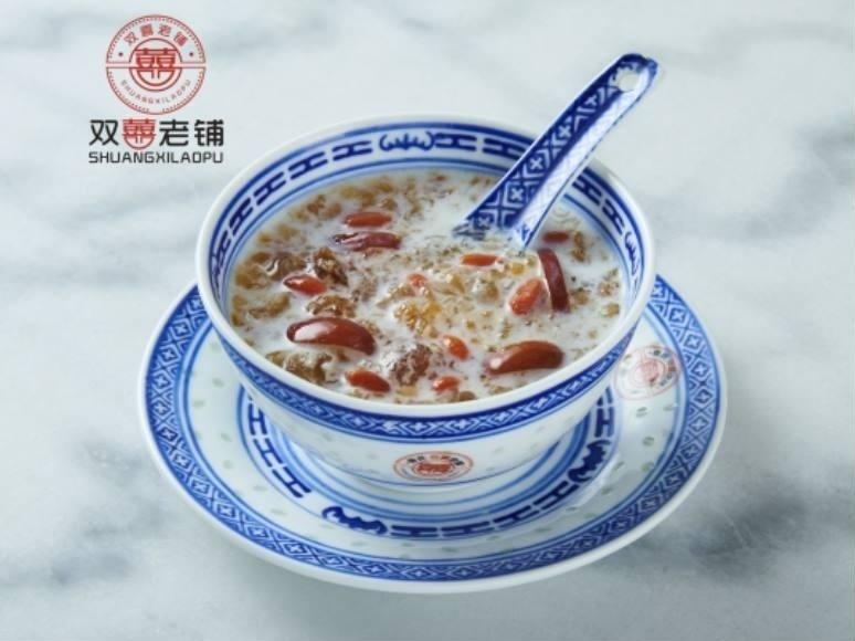 传统牛奶桃胶+西米.jpg